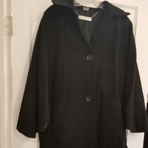 Michael Kors Peacoat with Cape sleeves in black